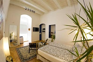 Nicely furnished boutique townhouse