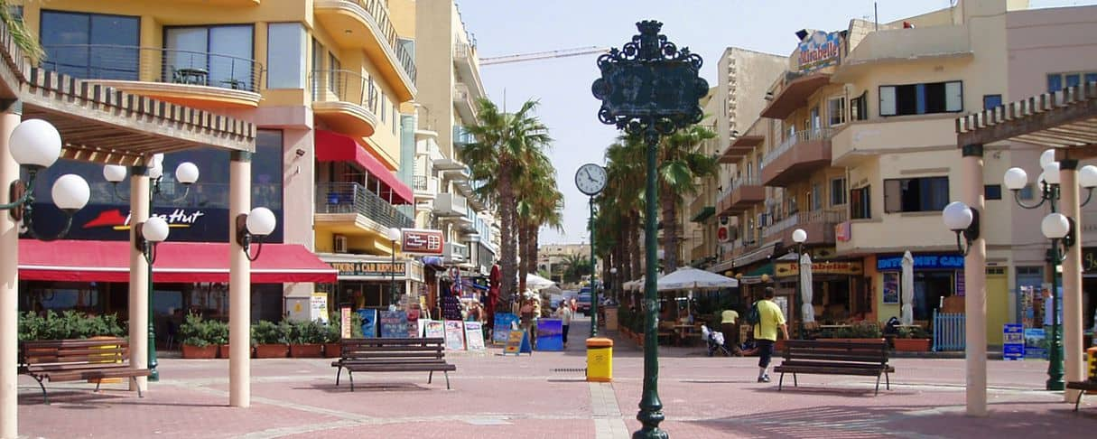 Buibba malta tourist info travel tips and things to do the main square of buibba malta solutioingenieria Images