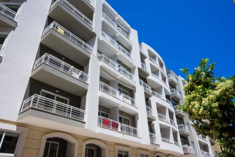 Depiro Point offer high-quality apartment self-catering holidays in Sliema, Malta.