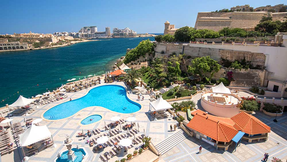 grand-hotel-excelsior-malta-pool-view