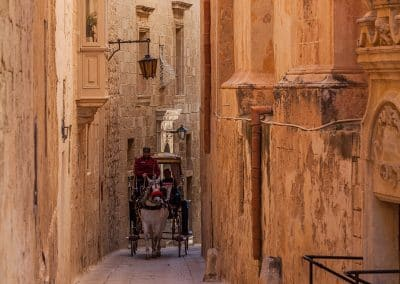 A karozzin (horse drawn cart) in Mdina
