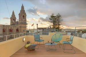 Malta Airbnb in Naxxar - traditional townhouse