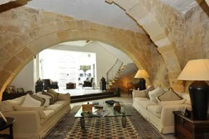 Stunning holiday let in Mdina on Airbnb.